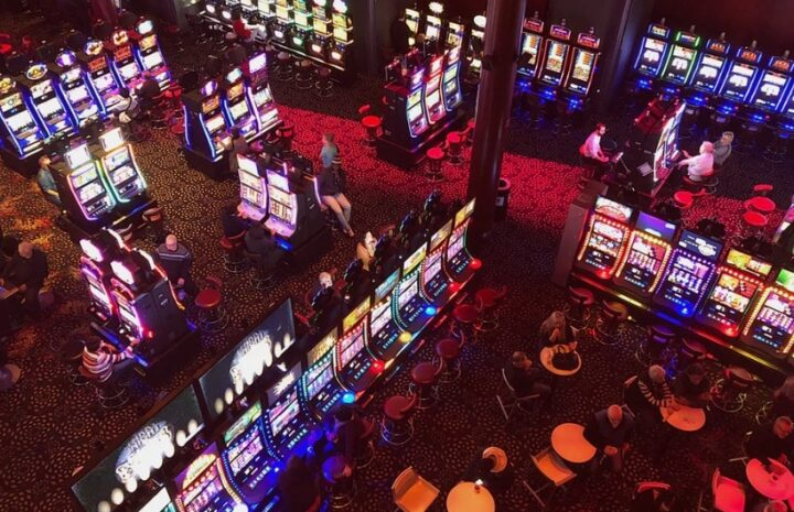 Closely-Guarded Gambling Tricks Described In Explicit Information